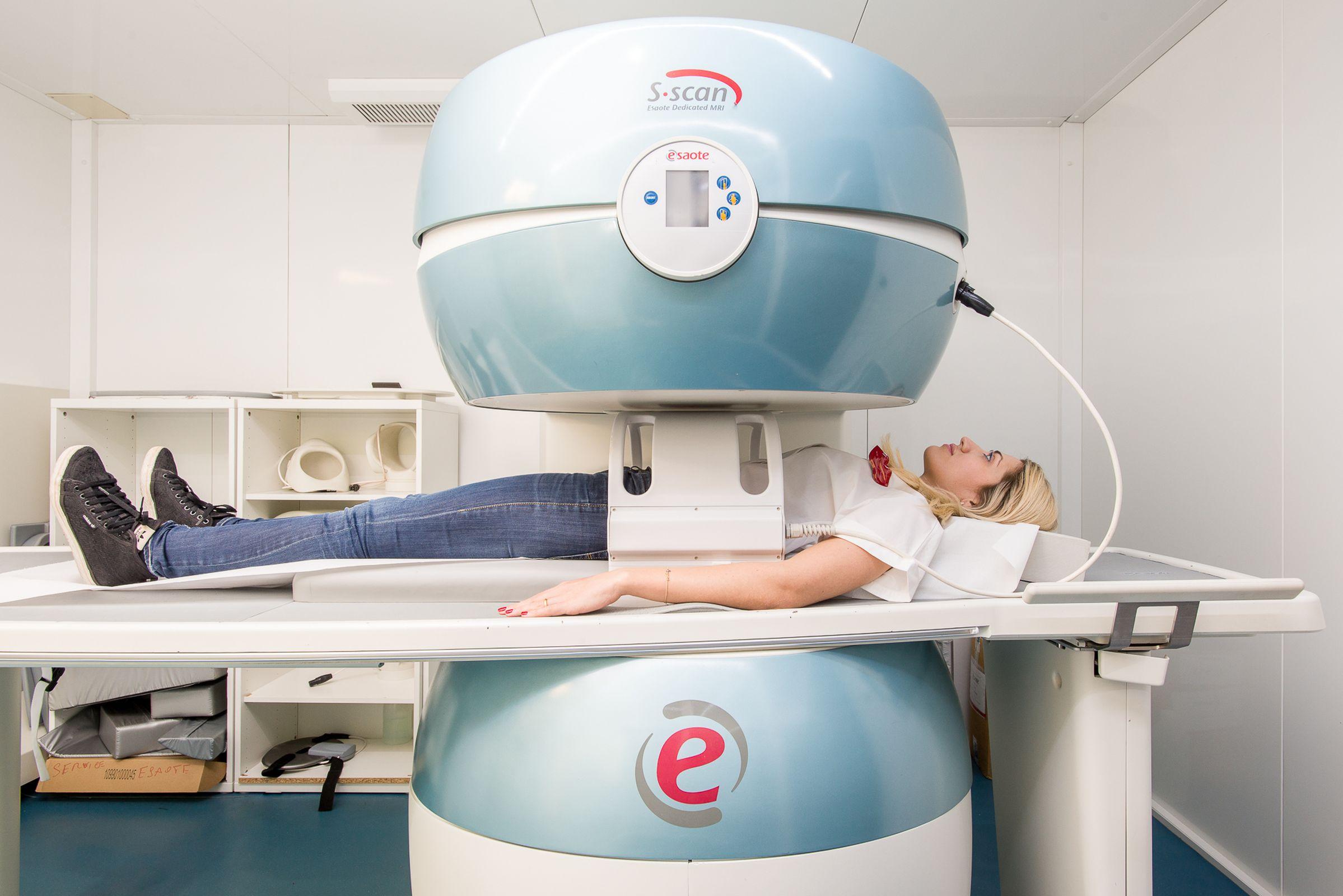 Salerno 2000 - Centro Diagnostico - Risonanza Magnetica Aperta-2